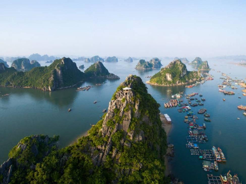 Vịnh Hạ Long lọt top 20 kỳ quan nên đến 1 lần trong đời-1
