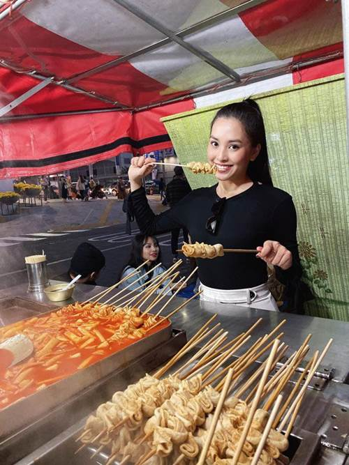 Hoa hậu Tiểu Vy tiết lộ bí quyết ăn thả ga mà vẫn không bị tăng cân-1