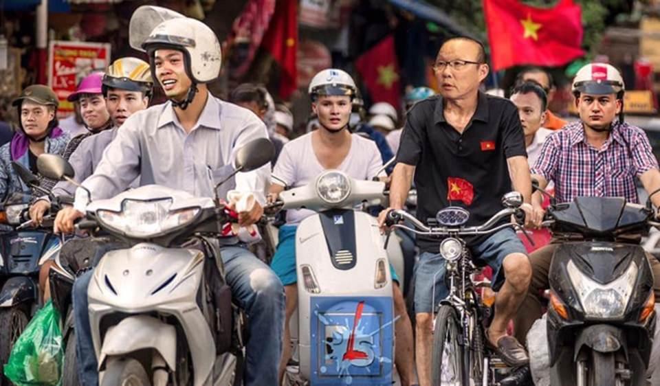 Ngập ảnh chế trận Việt Nam - Thái Lan trên mạng-3