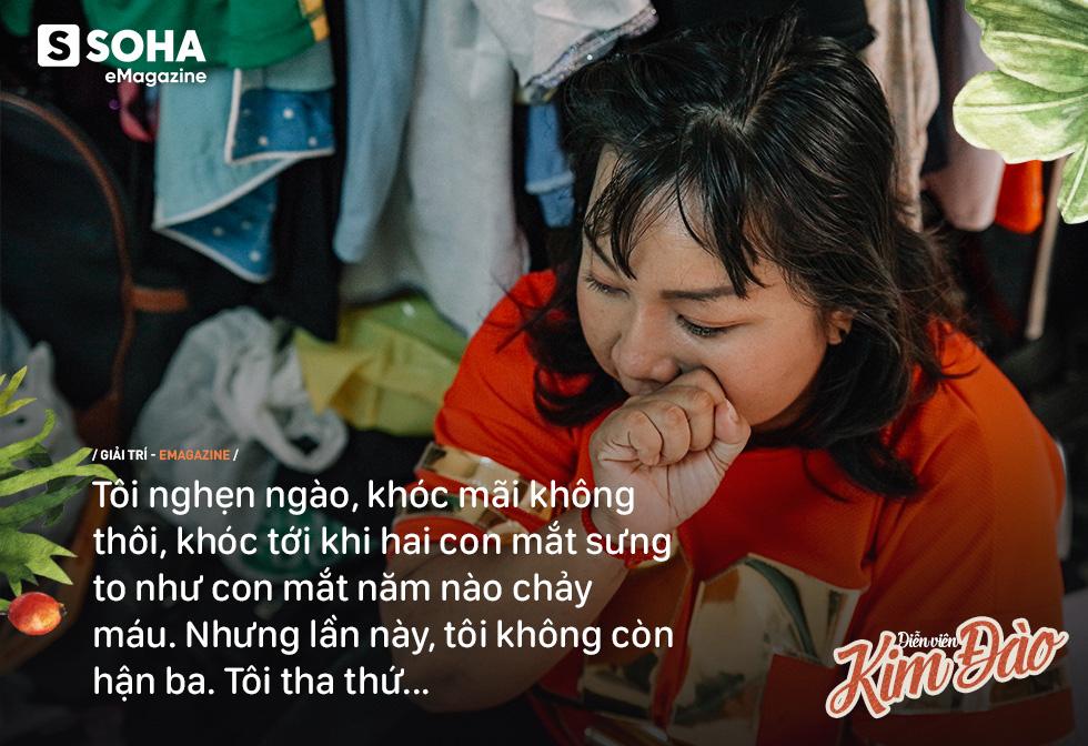 Diễn viên Kim Đào: Mẹ bị hành hạ, phải sinh con ở chuồng heo vì bà nội bảo không hợp tuổi-15