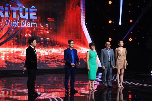 Gameshow của MC Lại Văn Sâm và Trấn Thành bị khán giả chỉ trích-1
