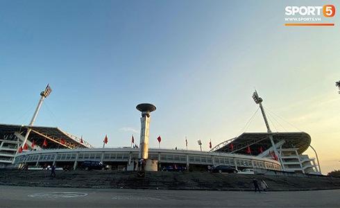Văn Lâm cản phá 11 m, Việt Nam hòa Thái Lan ở vòng loại World Cup-33
