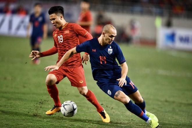 Văn Lâm cản phá 11 m, Việt Nam hòa Thái Lan ở vòng loại World Cup-8