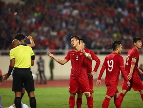 Trực Tiếp Việt Nam 0-0 Thái Lan: Trọng tài từ chối bàn thắng của Bùi Tiến Dũng