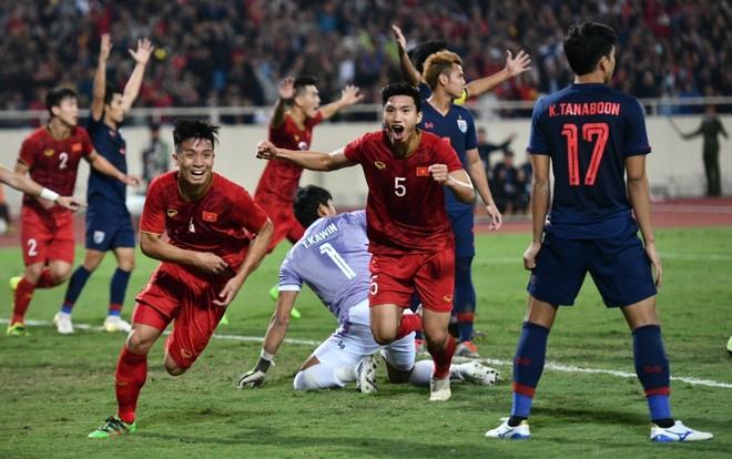 Văn Lâm cản phá 11 m, Việt Nam hòa Thái Lan ở vòng loại World Cup-5