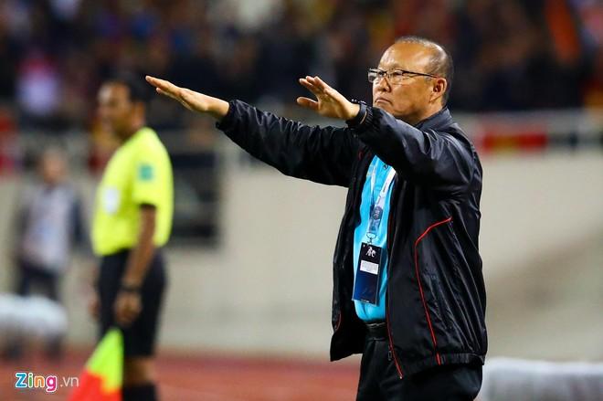 Văn Lâm cản phá 11 m, Việt Nam hòa Thái Lan ở vòng loại World Cup-4