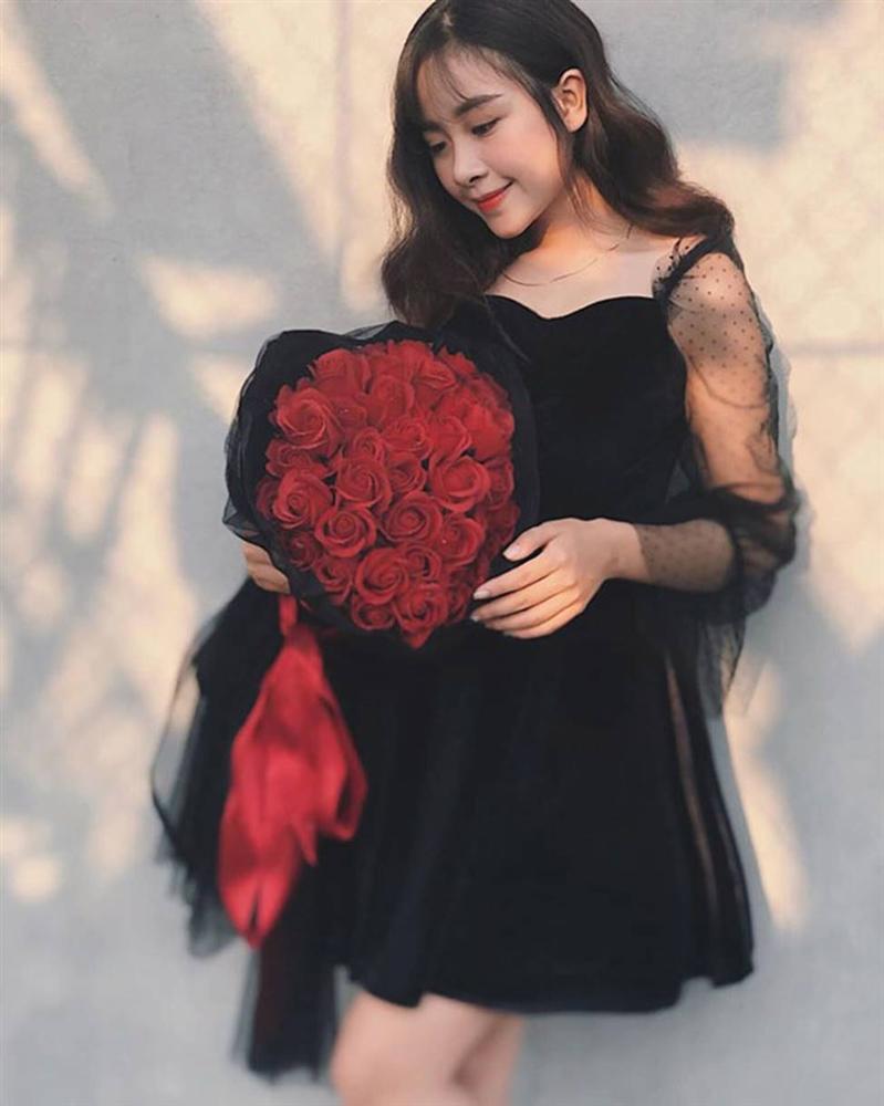 Cô giáo mầm non xinh đẹp đốn tim cầu thủ xứ Nghệ Văn Đức-15