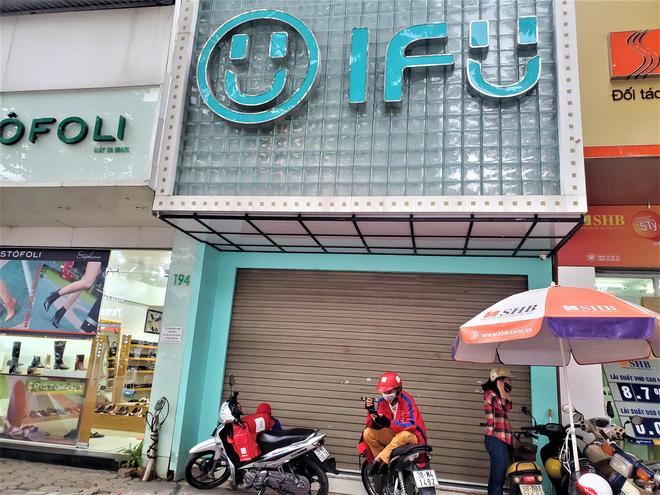 IFU đóng loạt cửa hàng giữa tâm bão âm thầm tráo nhãn mác quần áo-2