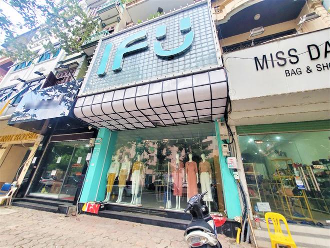 IFU đóng loạt cửa hàng giữa tâm bão âm thầm tráo nhãn mác quần áo-3
