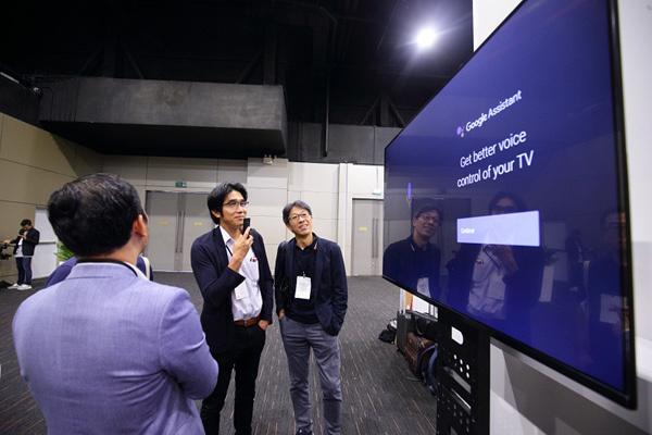 VinSmart 'bắt tay' ông lớn Google ra mắt ti vi thông minh-3