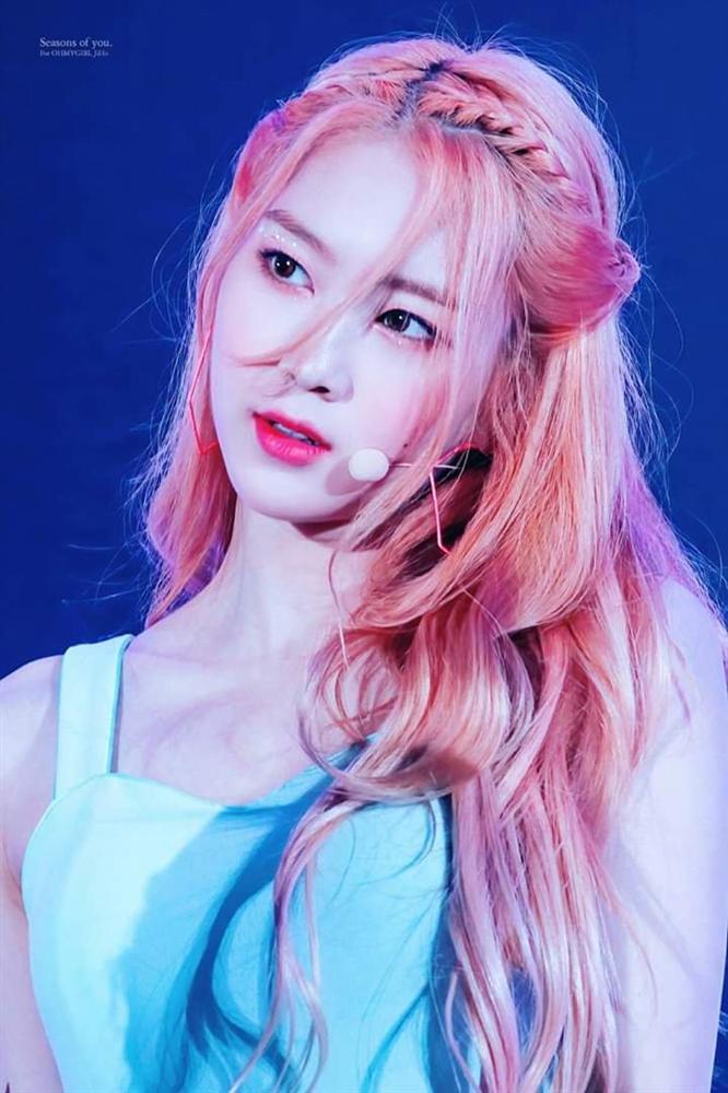 Nhan sắc nữ thần tóc vàng mới của Kpop-5