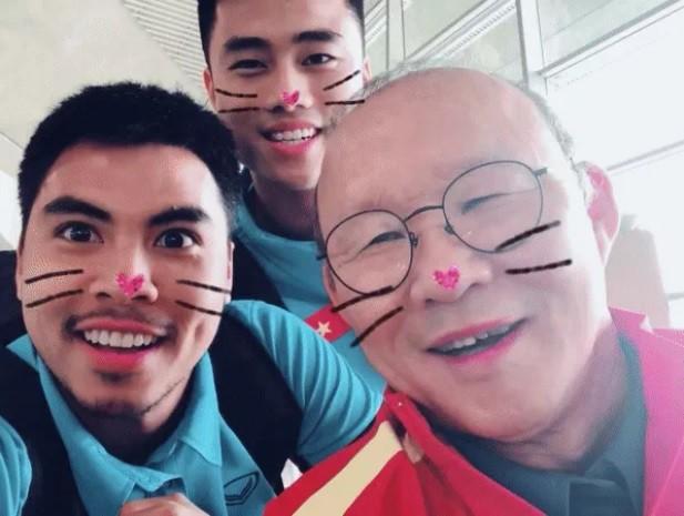 Ngày 20/11, tri ân HLV Park - người thầy của các cầu thủ Việt Nam-3