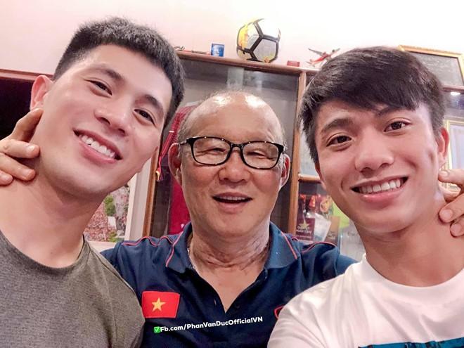 Ngày 20/11, tri ân HLV Park - người thầy của các cầu thủ Việt Nam-8