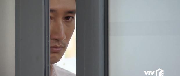 Preview Hoa Hồng Trên Ngực Trái tập 32: Bán cơm dạo mãi chẳng giàu, Khuê than thở chán làm người tử tế-3