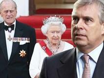 Cú sốc Hoàng gia Anh: Con trai Nữ hoàng bị
