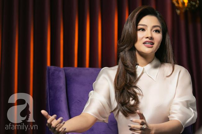 Vũ Thu Phương: Lấy chồng đại gia Campuchia, nuôi 2 con riêng, có mâu thuẫn là mời mẹ chồng - em chồng ra nói chuyện-10