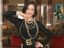 MC Thanh Mai mặc váy bó sát khoe đường cong quyến rũ ở tuổi 46