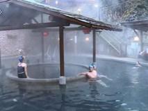 Người đàn ông tử vong khi đang tắm suối nước nóng