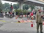 Tạm giữ hình sự nữ tài xế đi giày cao gót lái xe ô tô Mercedes gây tai nạn liên hoàn trên đường Lê Văn Lương-3
