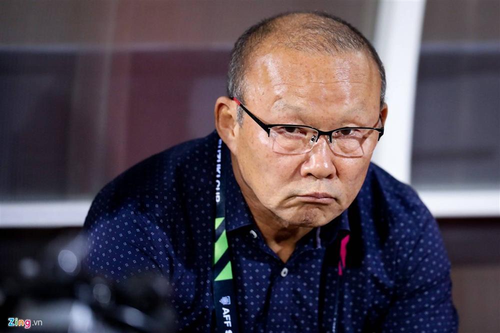 Phải đưa trợ lý tuyển Thái Lan lên FIFA xử nặng-6
