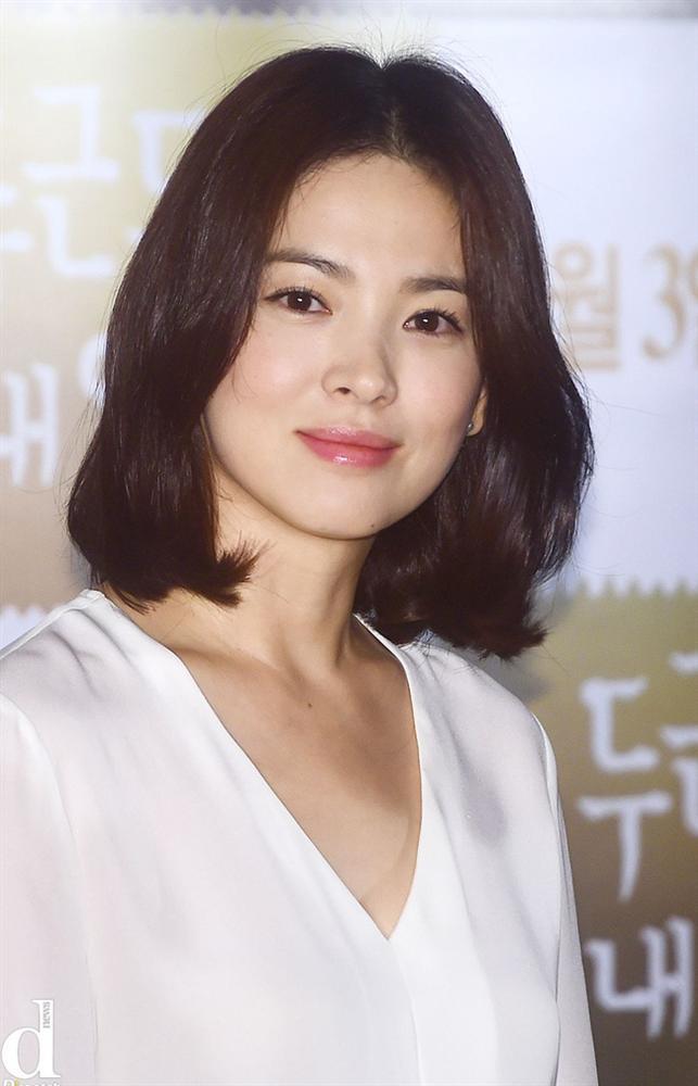 Từng có quá khứ béo ú, đen nhẻm nhưng Song Hye Kyo đã lột xác thành nữ thần làng giải trí nhờ những tuyệt chiêu gì?-10