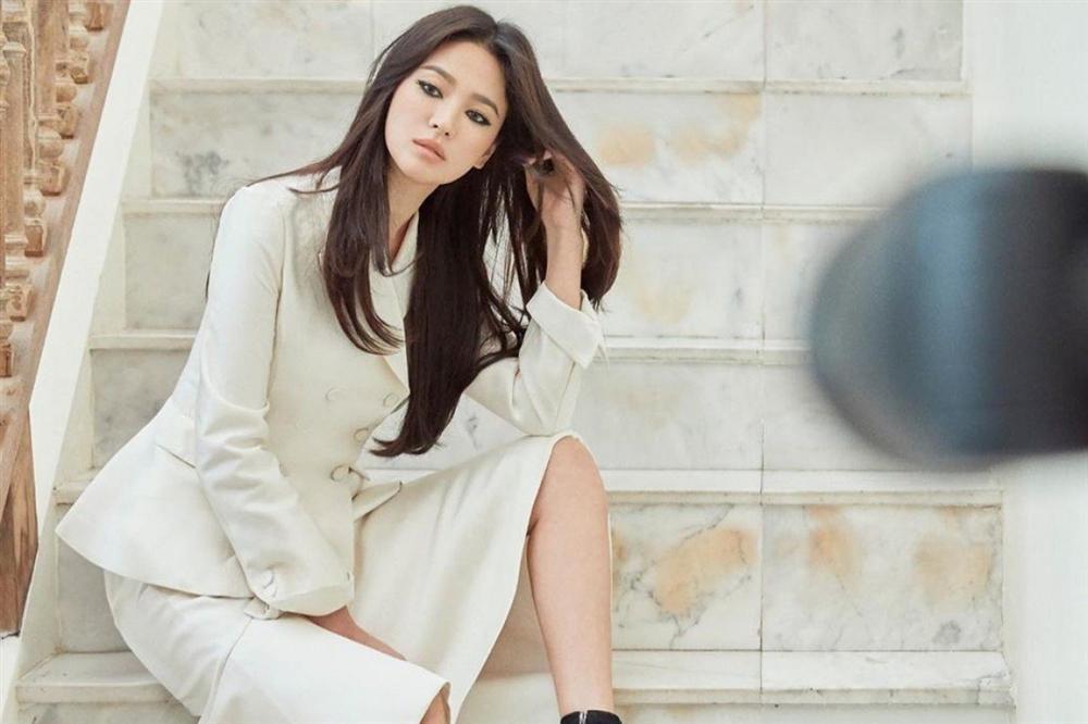 Từng có quá khứ béo ú, đen nhẻm nhưng Song Hye Kyo đã lột xác thành nữ thần làng giải trí nhờ những tuyệt chiêu gì?-3