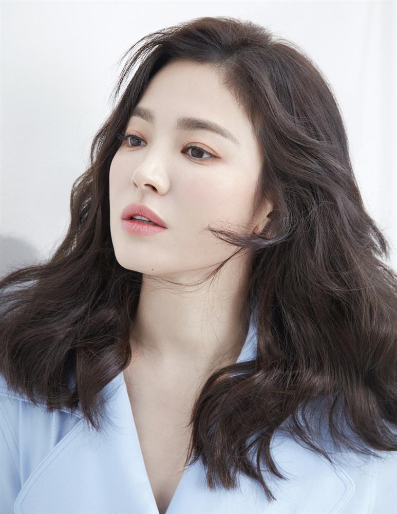 Từng có quá khứ béo ú, đen nhẻm nhưng Song Hye Kyo đã lột xác thành nữ thần làng giải trí nhờ những tuyệt chiêu gì?-4