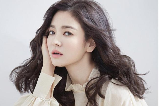 Từng có quá khứ béo ú, đen nhẻm nhưng Song Hye Kyo đã lột xác thành nữ thần làng giải trí nhờ những tuyệt chiêu gì?-7