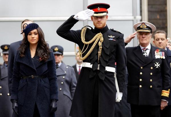 Dư luận nghi ngờ Meghan Markle đã đánh tiếng về việc cảm thấy hối hận khi kết hôn với Hoàng tử Harry, sự chia cách không còn xa-1