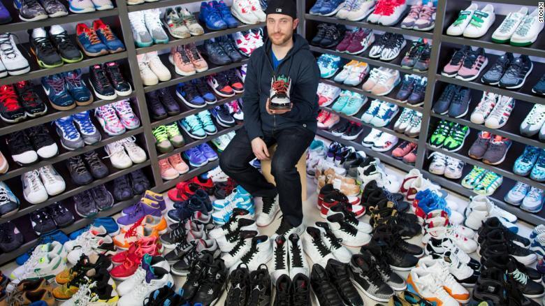Bán giày như giao dịch chứng khoán, start-up được định giá tỷ đô-1