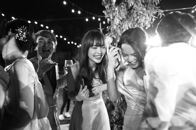 Những thước hình chưa từng hé lộ trong lễ cưới Đông Nhi - Ông Cao Thắng: Noo Phước Thịnh khóc như mưa, Hari Won bị dìm hàng-6
