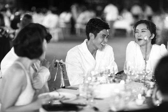 Những thước hình chưa từng hé lộ trong lễ cưới Đông Nhi - Ông Cao Thắng: Noo Phước Thịnh khóc như mưa, Hari Won bị dìm hàng-8