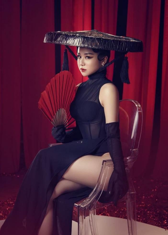 Nhã Tiên - từ hot girl ngủ gật đến cô gái chiêu trò, nghiện khoe thân-15