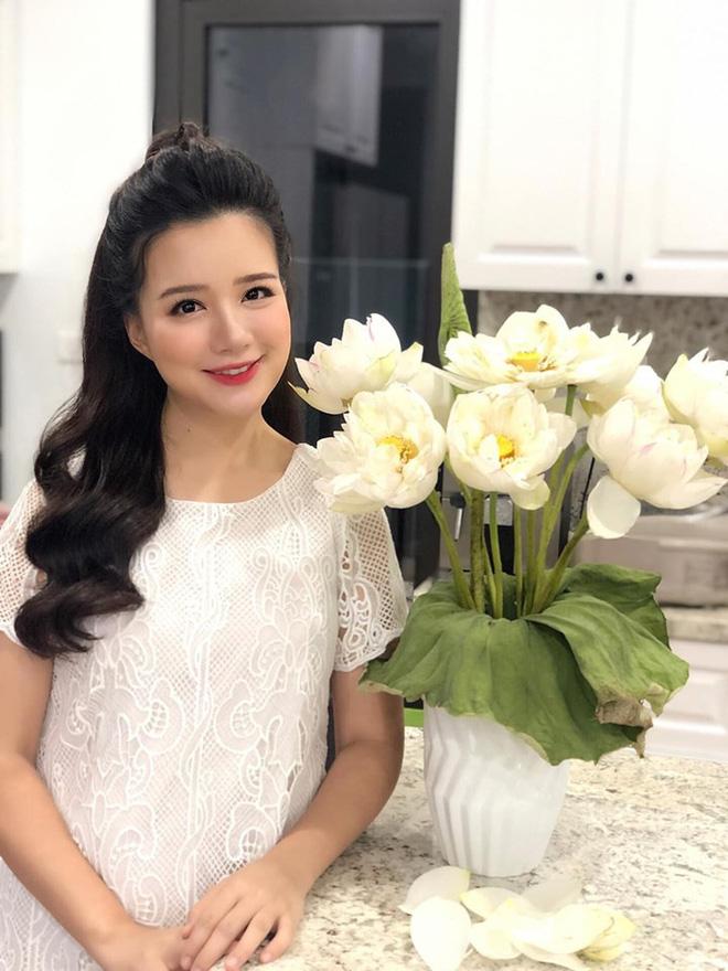 MC Minh Trang: Từ hot girl Hoa học trò đến bà mẹ đông con nhất VTV-6
