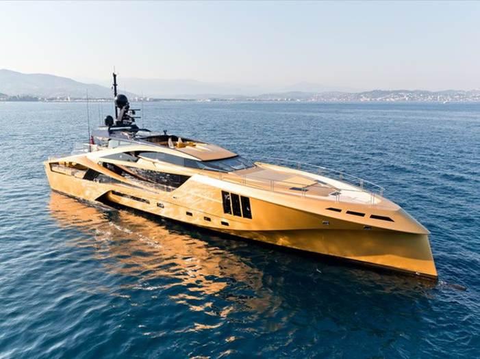 Bên trong du thuyền sang trọng 31 triệu USD được mạ vàng-1