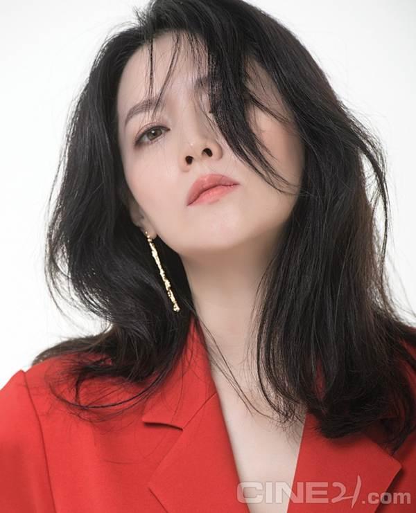 Nàng Dae Jang Geum U50 trẻ đẹp không tì vết-3