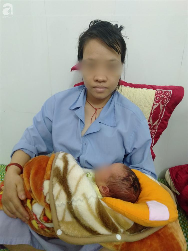 Nóng: Bệnh viện mổ bắt con khiến bé trai sơ sinh bị rách đầu, khâu 6 mũi, có biểu hiện sốt, co giật-3