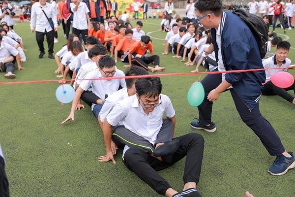 Ngày hội 20/11 'vui hết mình' của thầy trò THPT Hồng Hà-1