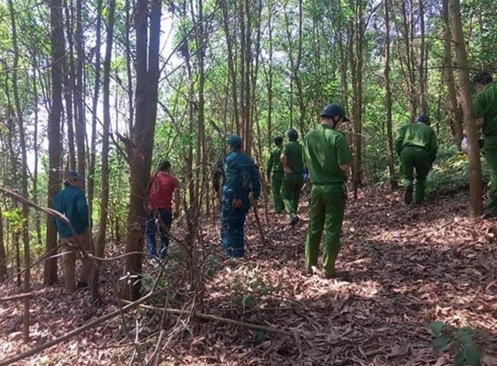 Vụ nữ tài xế taxi bị trói trên núi: Nghi phạm nói được thuê giết-2