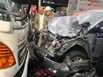 Bình Phước: Mẹ ôm thi thể con gái 15 tuổi khóc ngất khi bị xe tải cán qua người tử vong-3