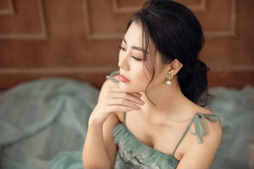 Thanh Hương diện đầm 2 dây xòe, dịu dàng và ngọt ngào đến lạ-2