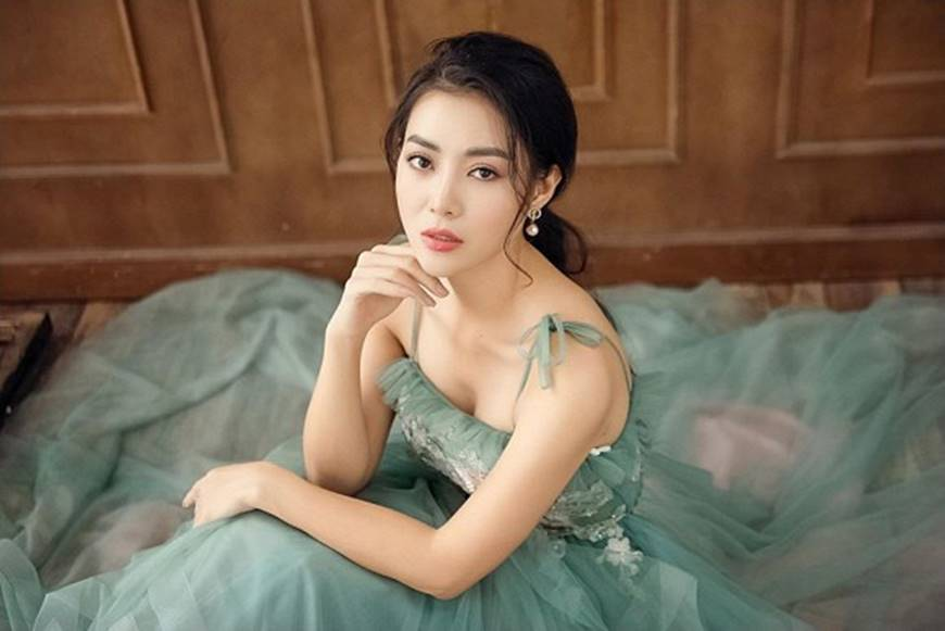 Thanh Hương diện đầm 2 dây xòe, dịu dàng và ngọt ngào đến lạ-6