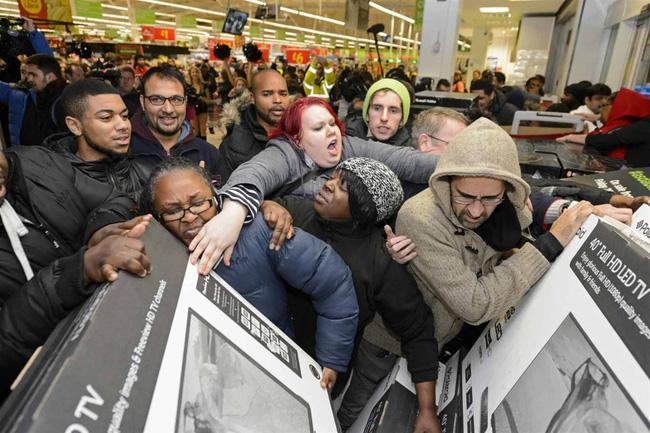 Black Friday và những cái bẫy dễ sập dành cho người tiêu dùng cuồng mua sắm-1