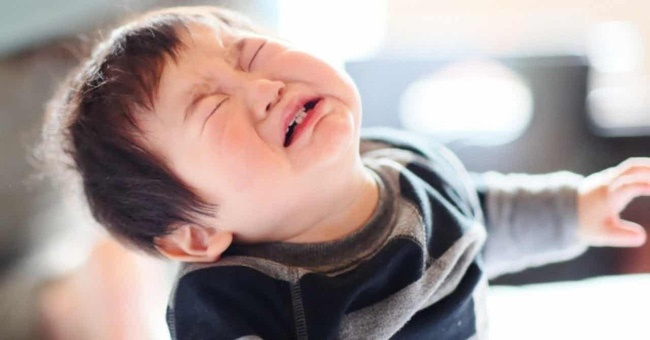 Không phải cãi láo hay bỏ nhà đi bụi mới là trẻ hư, các nhà tâm lý học chỉ ra 8 hành vi sau đây cũng nguy hiểm không kém-4