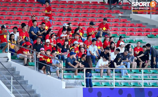 HLV Park Hang-seo bức xúc vì pha lật kèo của U22 Brunei: Cầu thủ giàu nhất thế giới không được đăng ký nhưng lại bất ngờ ra sân đá chính một cách đầy khó hiểu-7