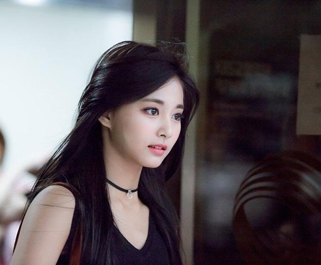 Cơn bão mỹ nữ Hàn đổ bộ Việt Nam: Người từng gây sợ hãi, kẻ bị quấy rối vì quá đẹp-7