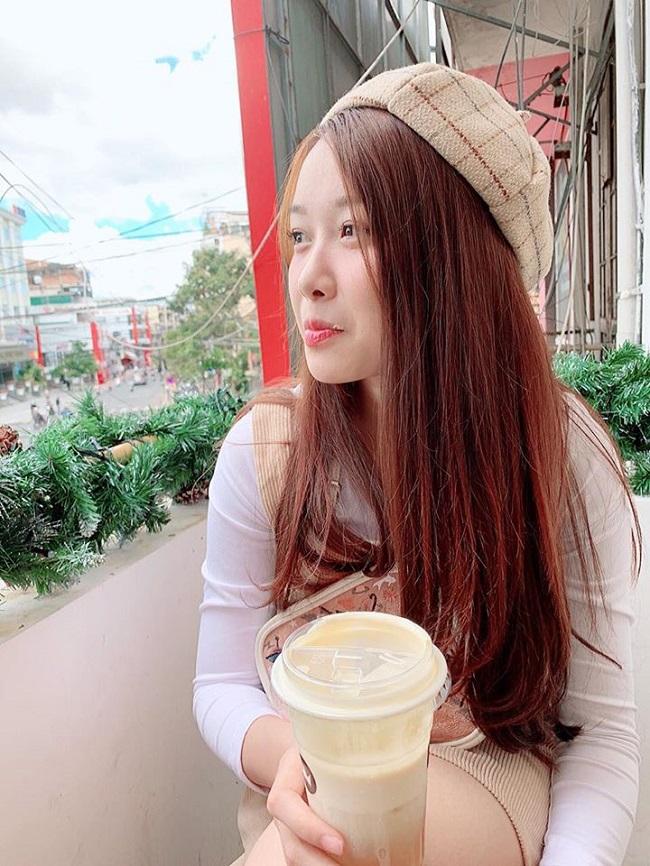 Bạn gái Văn Toàn lúc nhí nhảnh dễ thương, khi diện bikini cực chất-6