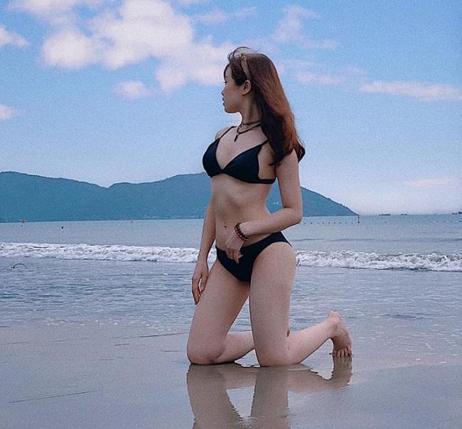 Bạn gái Văn Toàn lúc nhí nhảnh dễ thương, khi diện bikini cực chất-8