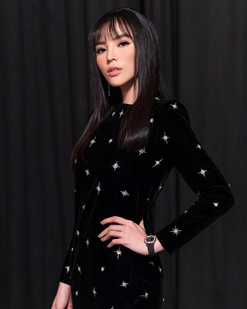 Phượng Chanel đi vào vết xe đổ của Đông Nhi và Kỳ Duyên khi bất ngờ để tóc mái thưa Hàn Quốc-8