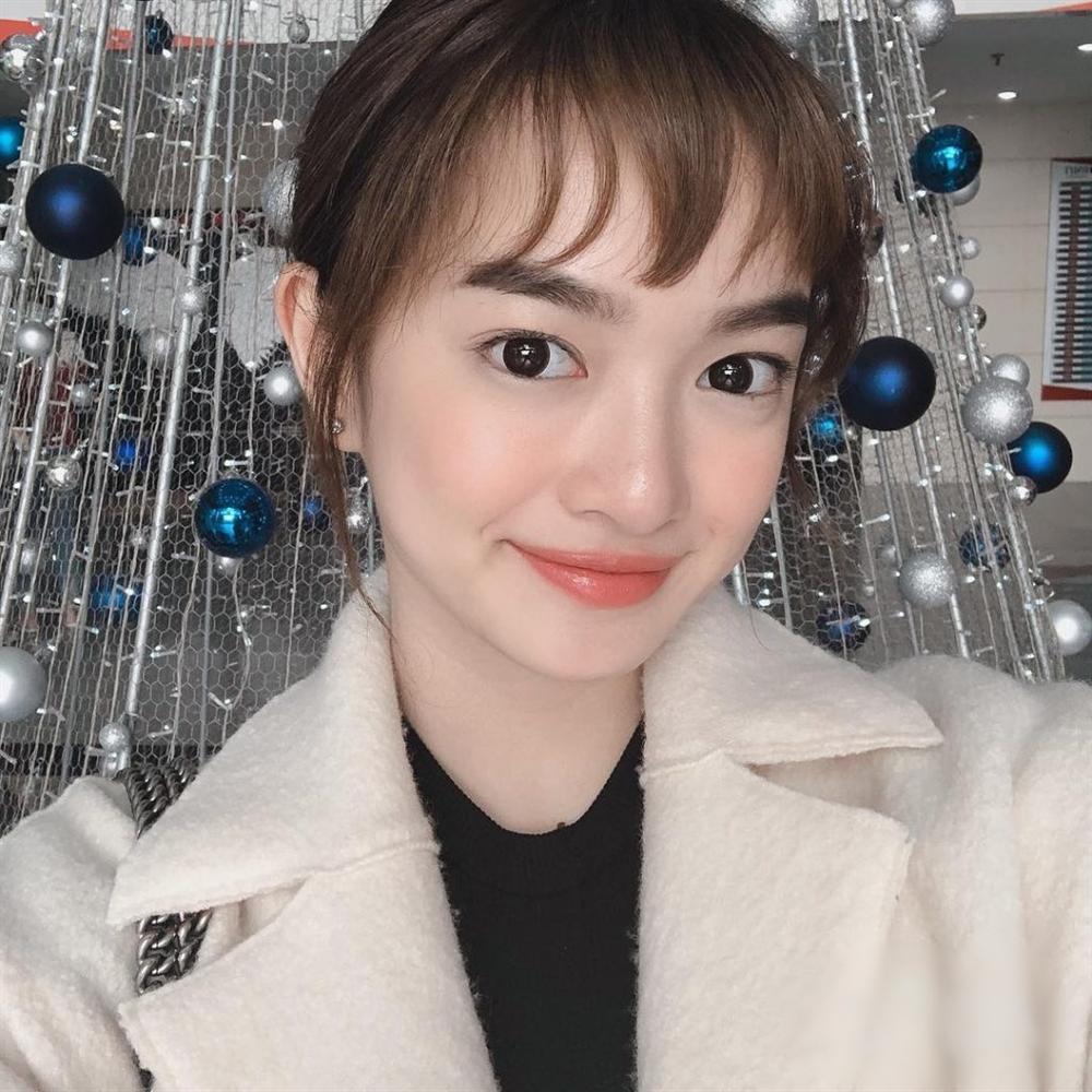 Phượng Chanel đi vào vết xe đổ của Đông Nhi và Kỳ Duyên khi bất ngờ để tóc mái thưa Hàn Quốc-10